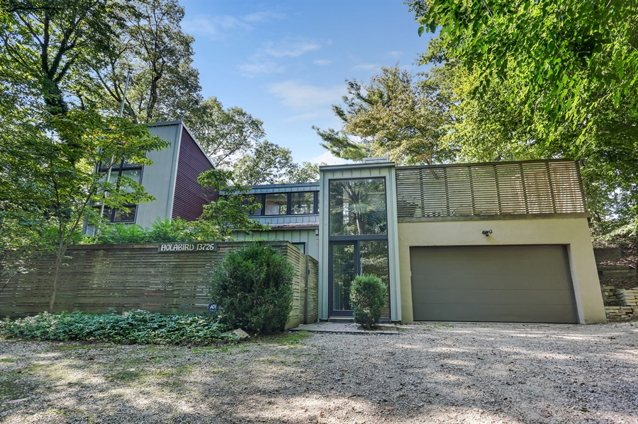 Real Estate Photography - 13726 Suns End, Harbert, MI, 49115 - Front View