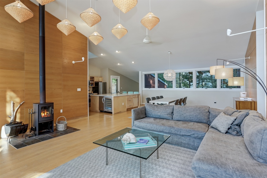 Real Estate Photography - 13726 Suns End, Harbert, MI, 49115 - Kitchen / Living Room