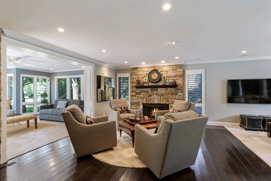 Real Estate Photography - 1680 Ridge Rd, Lake Forest, IL, 60045 - Great room