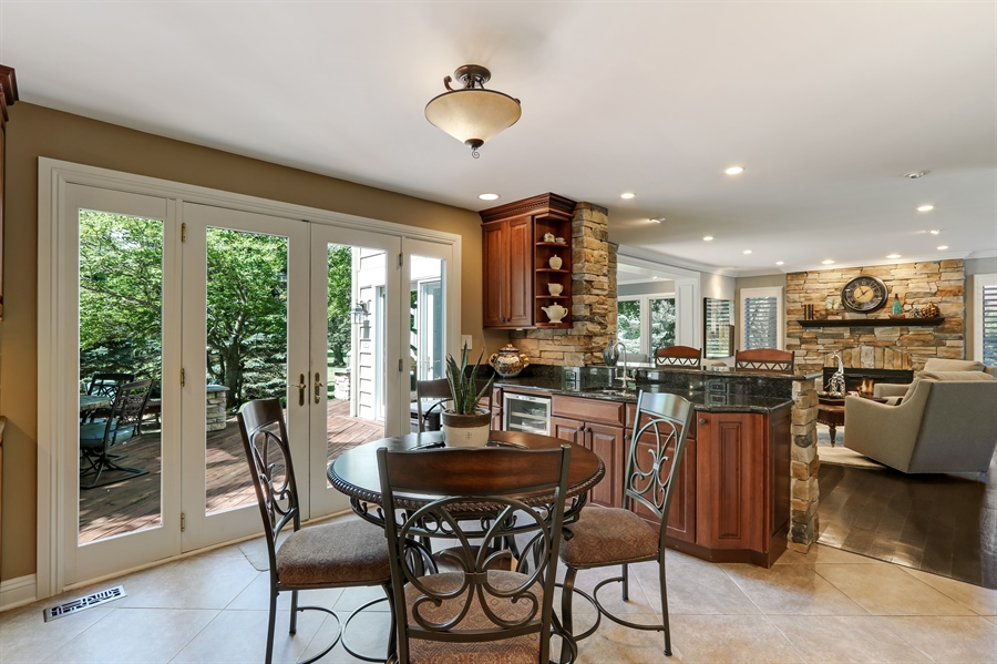 Real Estate Photography - 1680 Ridge Rd, Lake Forest, IL, 60045 - Breakfast Area
