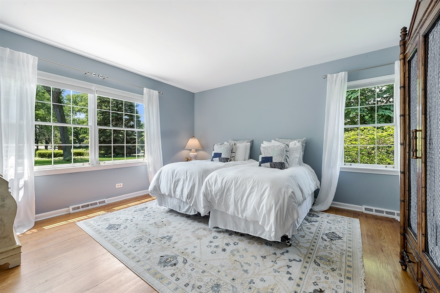 Real Estate Photography - 125 Red Barn Ln, Northfield, IL, 60093 - 2nd Bedroom