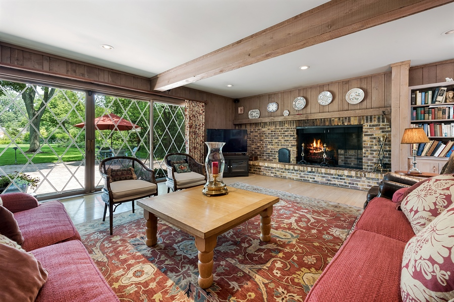 Real Estate Photography - 125 Red Barn Ln, Northfield, IL, 60093 - Family Room