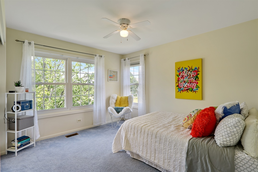 Real Estate Photography - 812 Foxmoor Ln, Lake Zurich, IL, 60047 - 2nd Bedroom