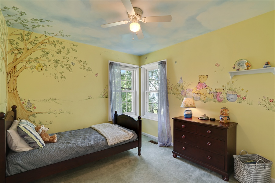 Real Estate Photography - 812 Foxmoor Ln, Lake Zurich, IL, 60047 - 3rd Bedroom