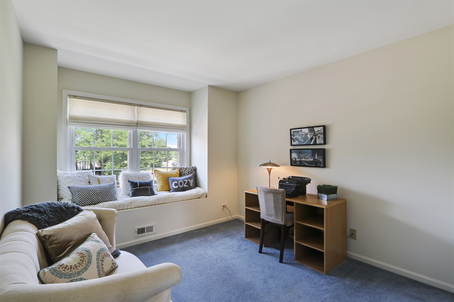 Real Estate Photography - 812 Foxmoor Ln, Lake Zurich, IL, 60047 - 4th Bedroom