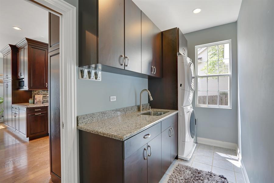 Real Estate Photography - 812 Foxmoor Ln, Lake Zurich, IL, 60047 - Mudroom