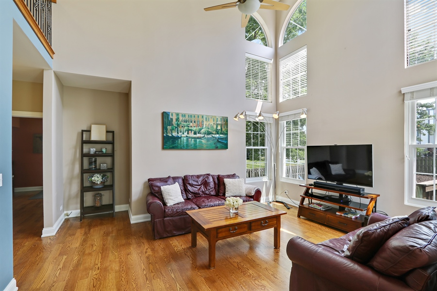 Real Estate Photography - 812 Foxmoor Ln, Lake Zurich, IL, 60047 - Family Room