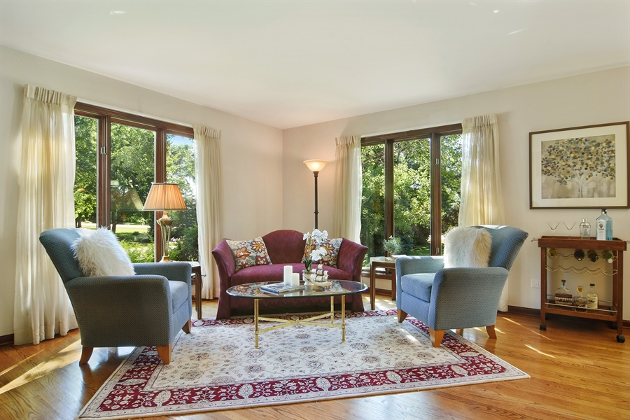 Real Estate Photography - 1 Overlook, Hawthorn Woods, IL, 60047 - Living Room
