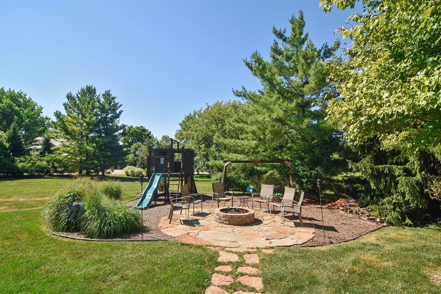 Real Estate Photography - 1 Overlook, Hawthorn Woods, IL, 60047 - View