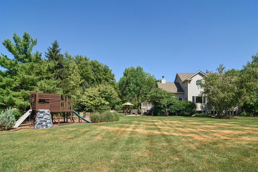 Real Estate Photography - 1 Overlook, Hawthorn Woods, IL, 60047 - Back Yard
