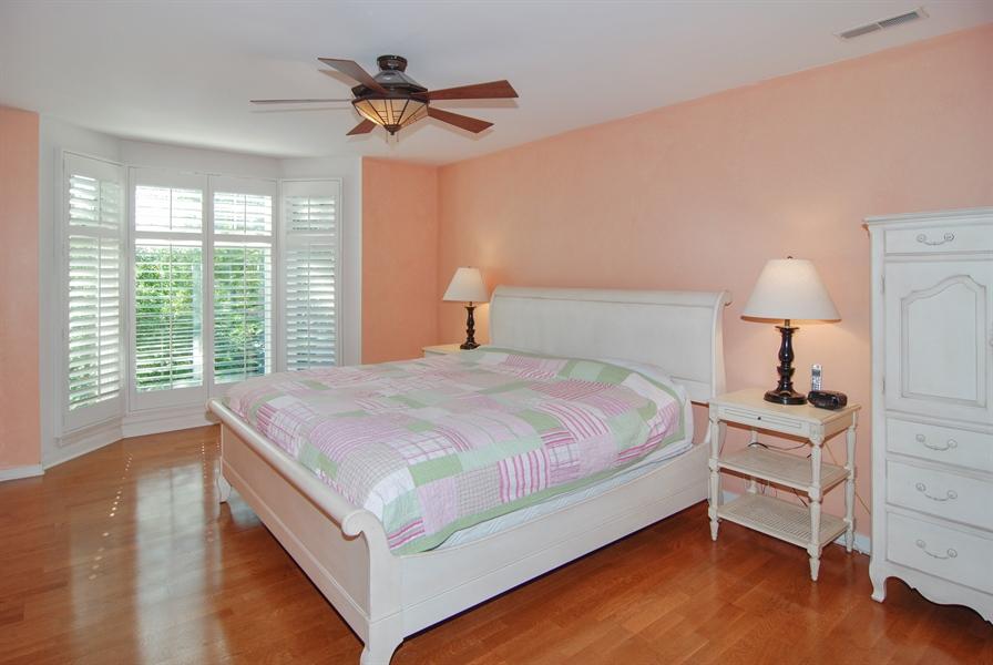 Real Estate Photography - 101 N. Euclid, 14, Oak Park, IL, 60301 - Master Bedroom