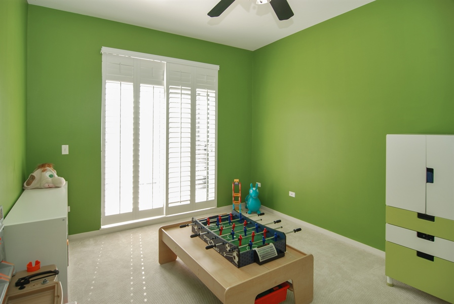 Real Estate Photography - 101 N. Euclid, 14, Oak Park, IL, 60301 - 3rd Bedroom