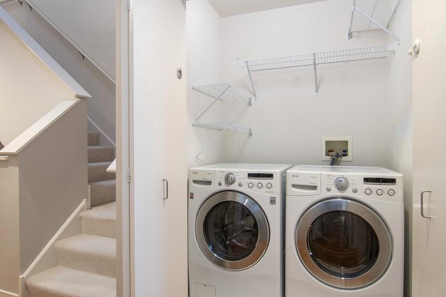 Real Estate Photography - 101 N. Euclid, 14, Oak Park, IL, 60301 - Laundry Room