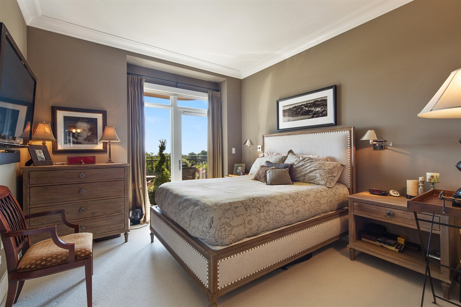 Real Estate Photography - 2550 N. Lakeview, S704, Chicago, IL, 60614 - Master Bedroom