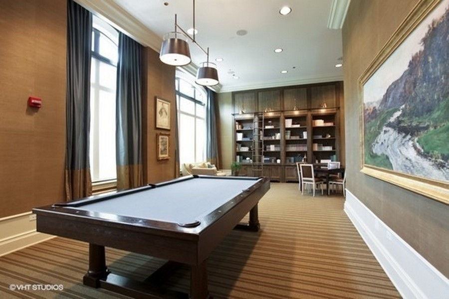 Real Estate Photography - 2550 N. Lakeview, S704, Chicago, IL, 60614 -