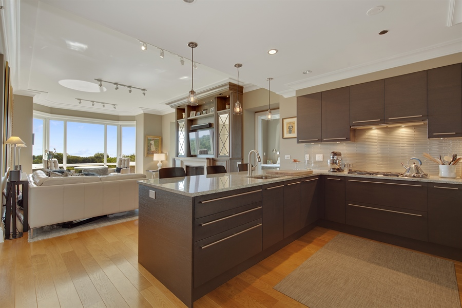 Real Estate Photography - 2550 N. Lakeview, S704, Chicago, IL, 60614 - Kitchen / Living Room