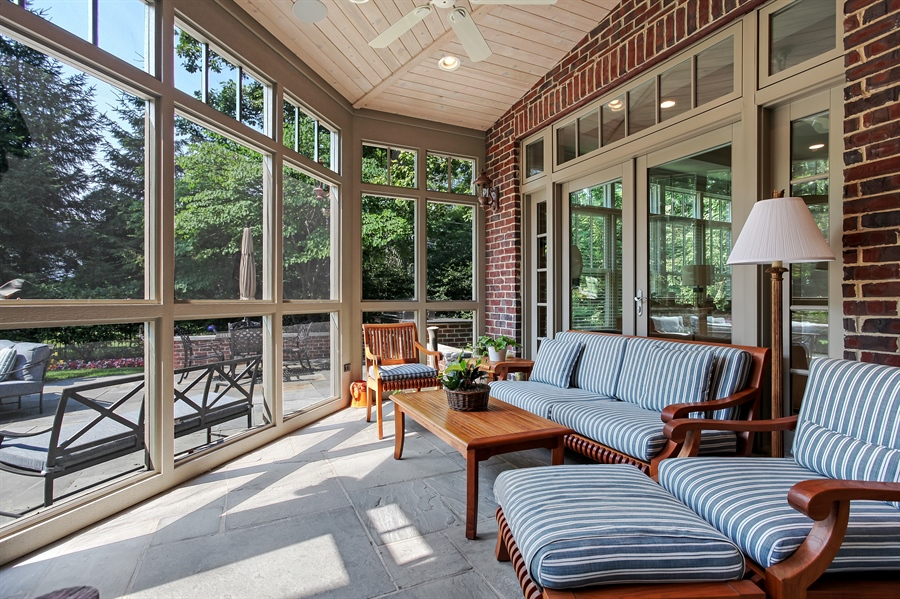 Real Estate Photography - 1354 Lincoln Ave S, Highland Park, IL, 60035 - Screened-In Porch