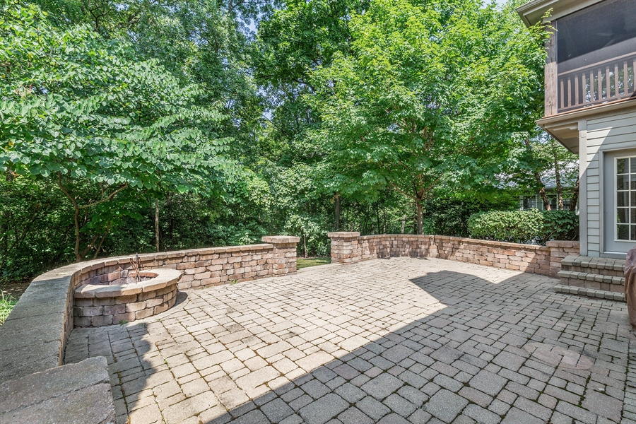 Real Estate Photography - 888 Forest Glen, Bartlett, IL, 60103 - Deck
