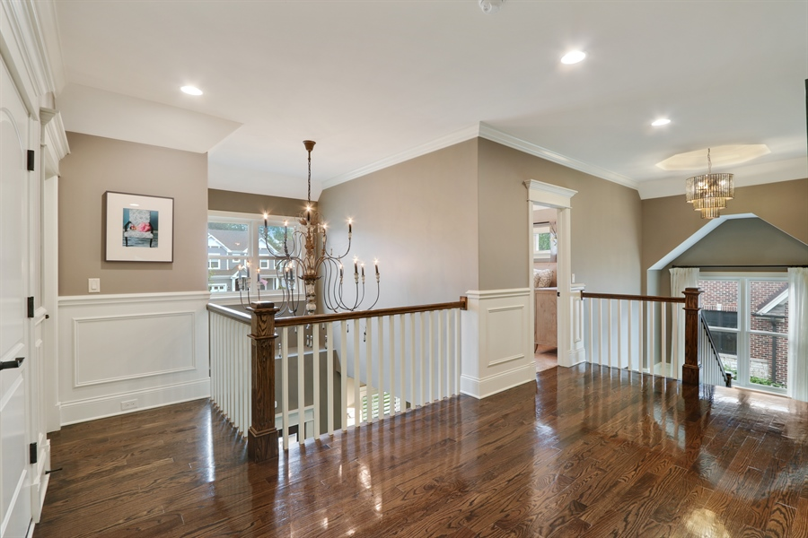 Real Estate Photography - 1232 N Chicago Avenue, Arlington Heights, IL, 60004 - Loft