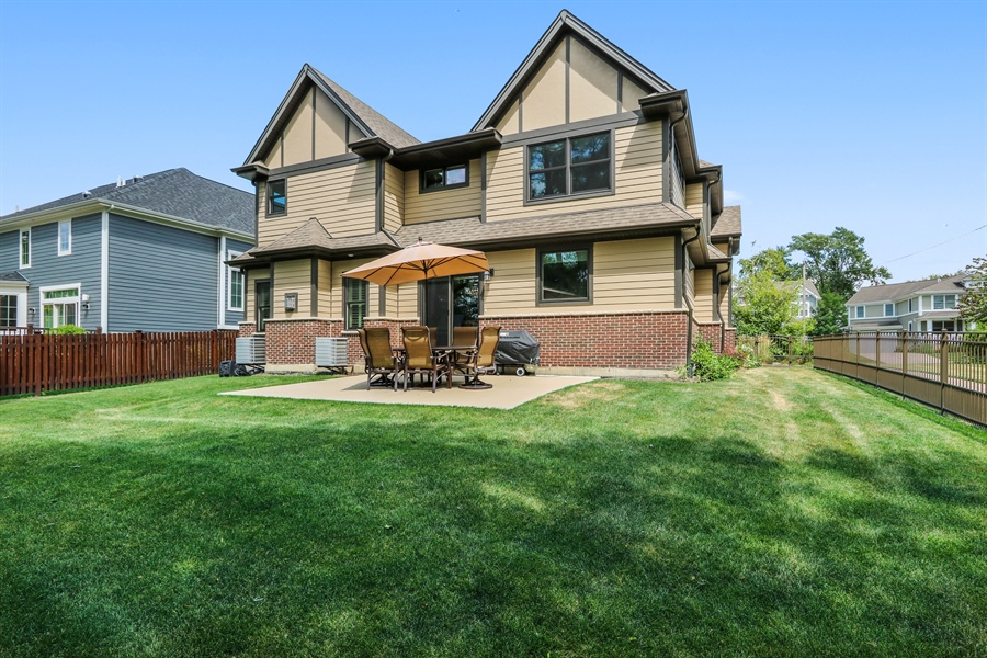 Real Estate Photography - 1232 N Chicago Avenue, Arlington Heights, IL, 60004 - Rear View