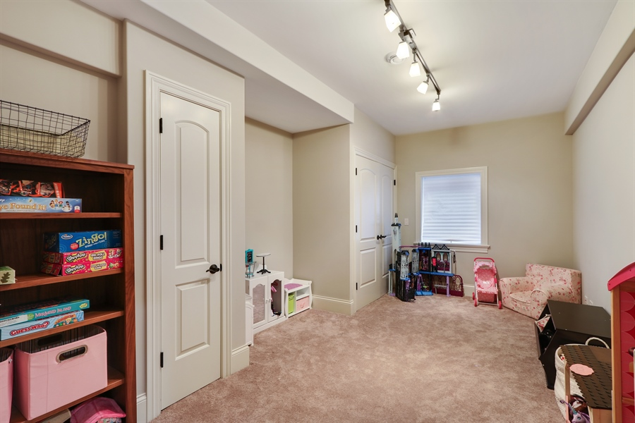 Real Estate Photography - 1232 N Chicago Avenue, Arlington Heights, IL, 60004 - Play / Recreational Room