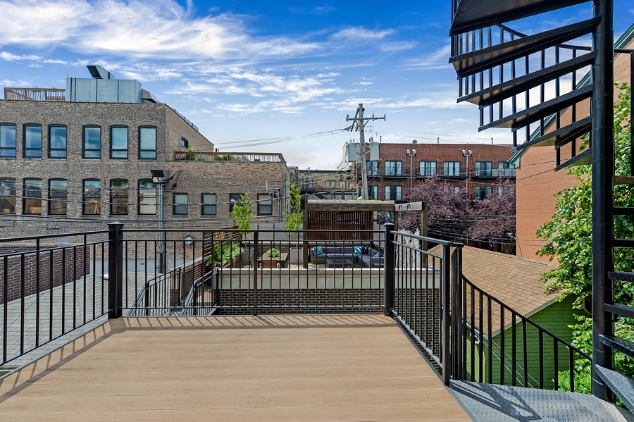 Real Estate Photography - 1526 N Elk Grove, Chicago, IL, 60622 - Deck