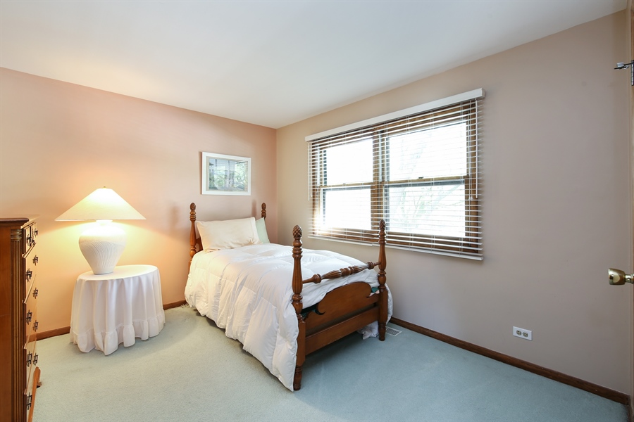 Real Estate Photography - 2421 N Evergreen, Arlington Heights, IL, 60004 - Bedroom