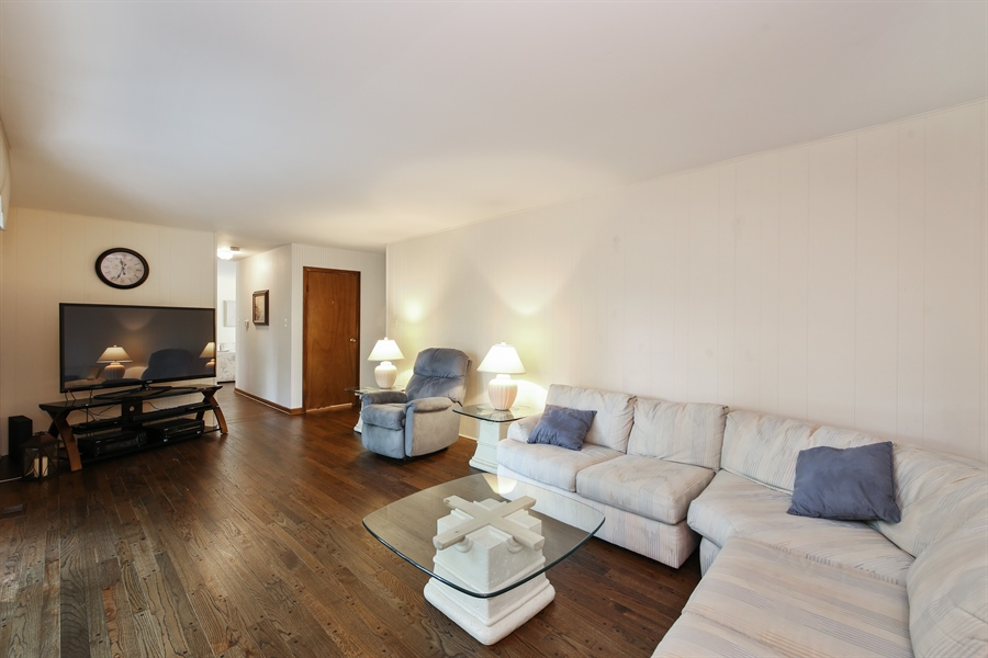 Real Estate Photography - 2421 N Evergreen, Arlington Heights, IL, 60004 - Family Room