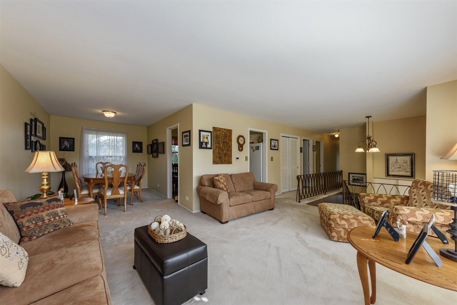 Real Estate Photography - 702 W Burning Tree, Arlington Heights, IL, 60004 - Living Room / Dining Room