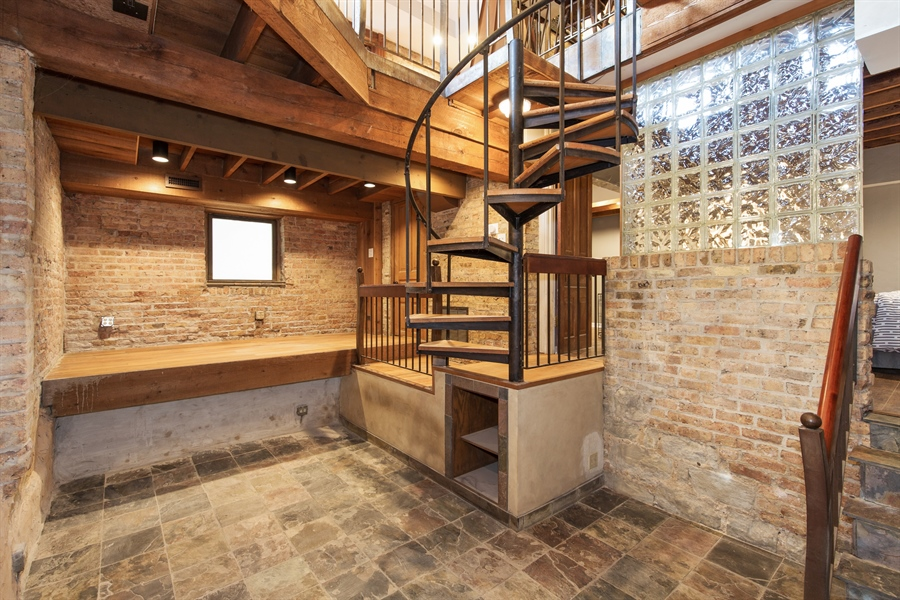 Real Estate Photography - 2854 N Orchard, Unit 1, Chicago, IL, 60657 - Lower Level