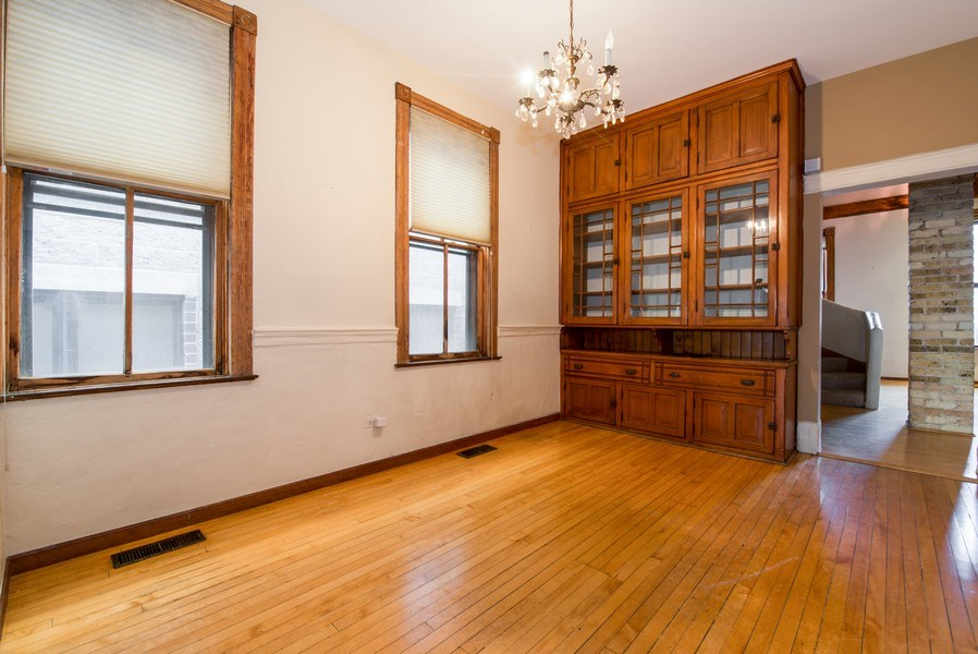 Real Estate Photography - 2854 N Orchard, Unit 1, Chicago, IL, 60657 -