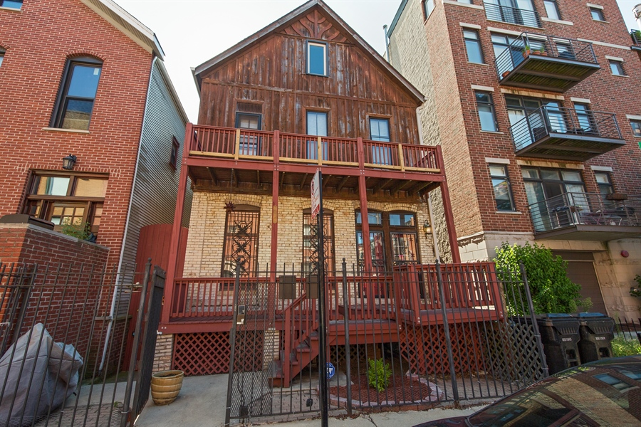 Real Estate Photography - 2854 N Orchard, Unit 1, Chicago, IL, 60657 - Front View