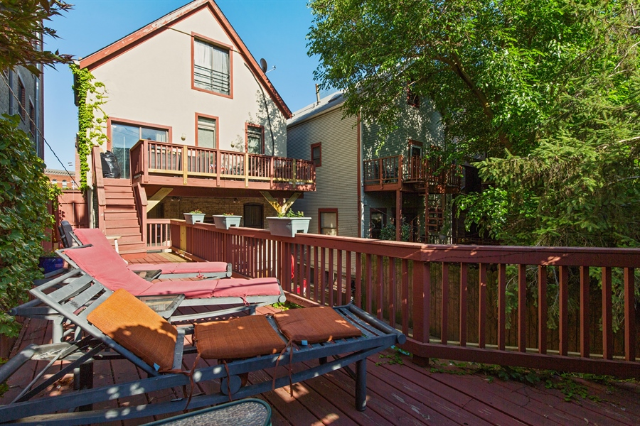 Real Estate Photography - 2854 N Orchard, Unit 1, Chicago, IL, 60657 - Deck