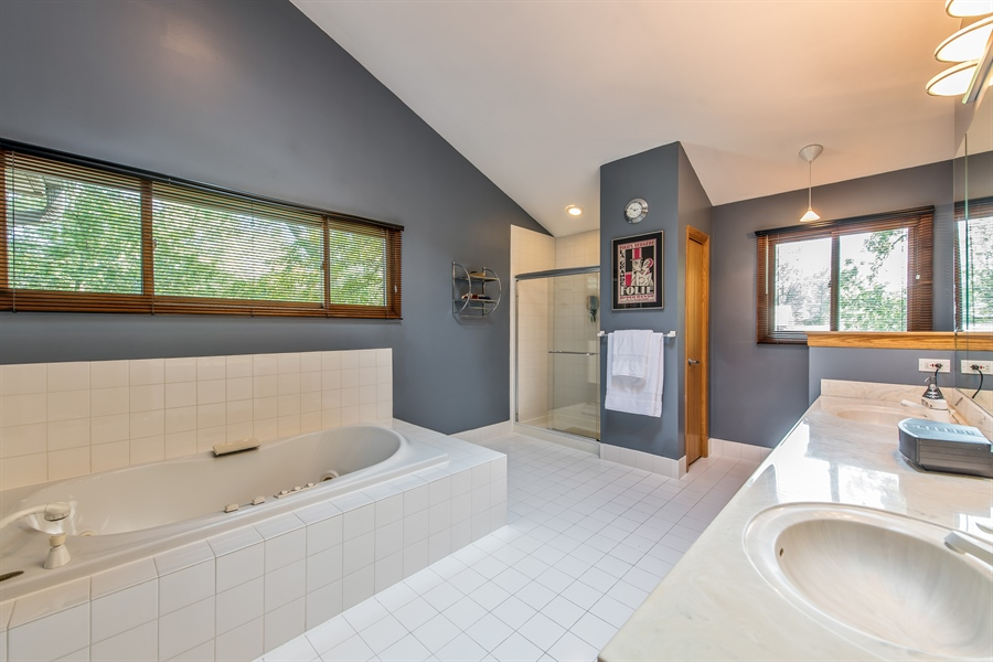 Real Estate Photography - 2035 Wagner Rd, Glenview, IL, 60025 - Master Bathroom