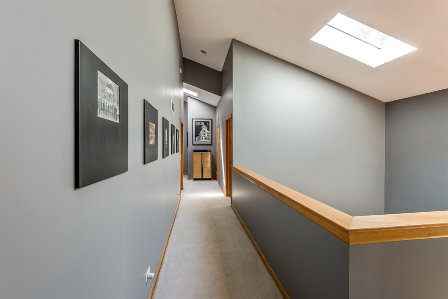 Real Estate Photography - 2035 Wagner Rd, Glenview, IL, 60025 - 2nd Floor Corridor