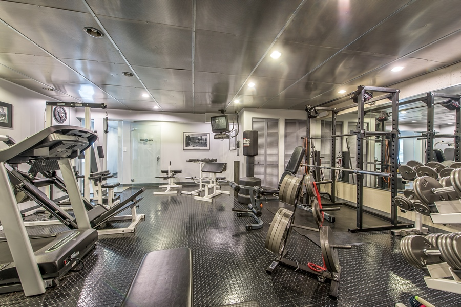 Real Estate Photography - 2035 Wagner Rd, Glenview, IL, 60025 - Exercise Room