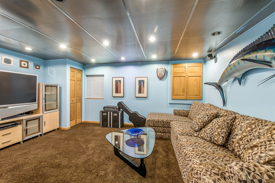 Real Estate Photography - 2035 Wagner Rd, Glenview, IL, 60025 - Recreational Room