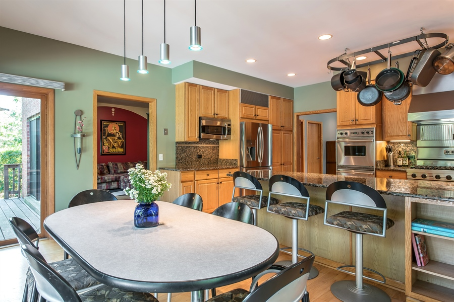 Real Estate Photography - 2035 Wagner Rd, Glenview, IL, 60025 - Kitchen / Breakfast Room