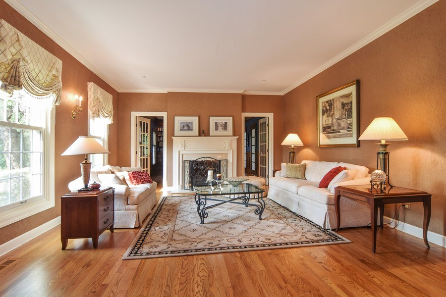 Real Estate Photography - 1626 Dublin Ct, Inverness, IL, 60010 - Living Room