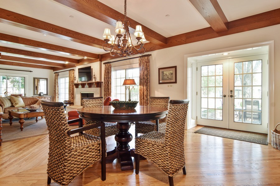 Real Estate Photography - 1626 Dublin Ct, Inverness, IL, 60010 - Breakfast Nook