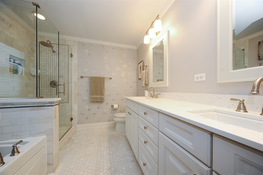 Real Estate Photography - 2528 Violet St, Glenview, IL, 60026 - Master Bathroom