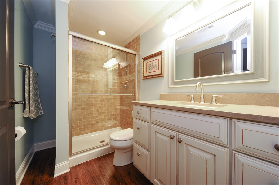 Real Estate Photography - 2528 Violet St, Glenview, IL, 60026 - Bathroom