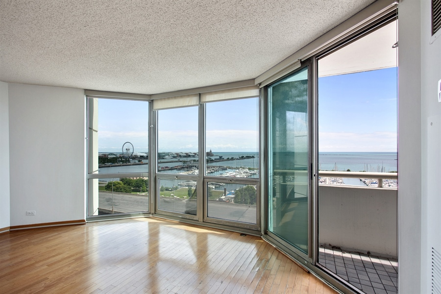 Real Estate Photography - 195 N Harbor Dr, 503, Chicago, IL, 60601 - Living Room