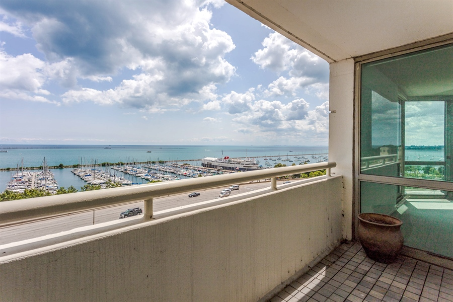 Real Estate Photography - 195 N Harbor Dr, 503, Chicago, IL, 60601 - Balcony