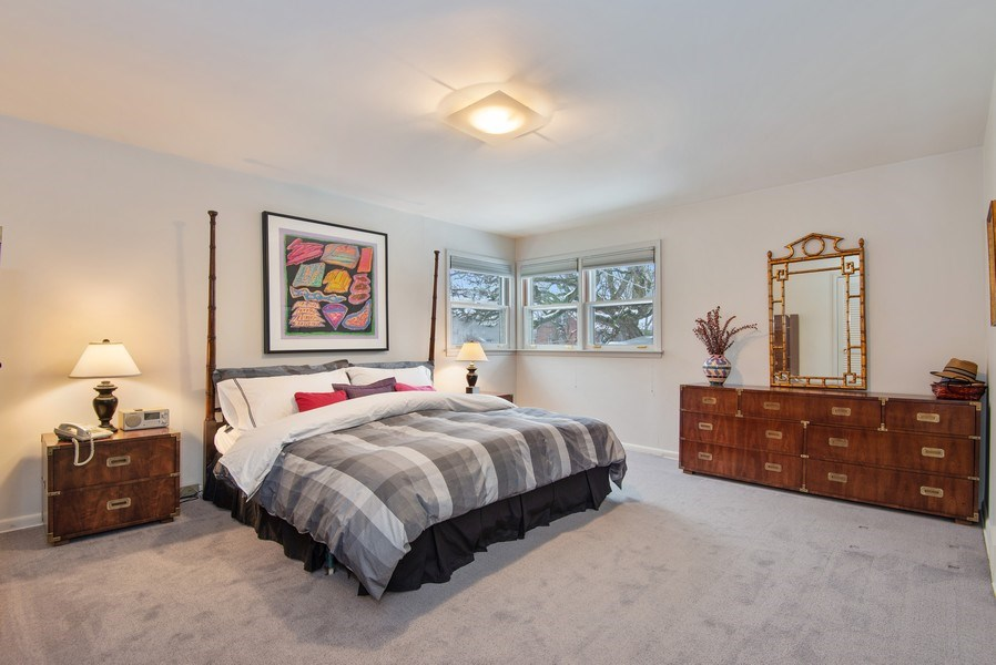 Real Estate Photography - 925 Sheridan Rd, Evanston, IL, 60202 - Master Bedroom
