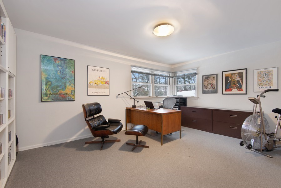 Real Estate Photography - 925 Sheridan Rd, Evanston, IL, 60202 - Bedroom