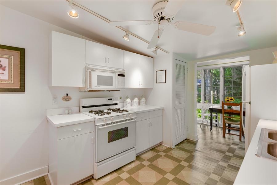 Real Estate Photography - 9850 Nolan Ave, Union Pier, MI, 49129 - Kitchen / Breakfast Room