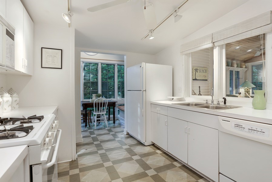 Real Estate Photography - 9850 Nolan Ave, Union Pier, MI, 49129 - Kitchen