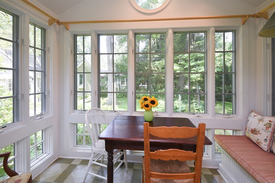 Real Estate Photography - 9850 Nolan Ave, Union Pier, MI, 49129 - Breakfast Nook
