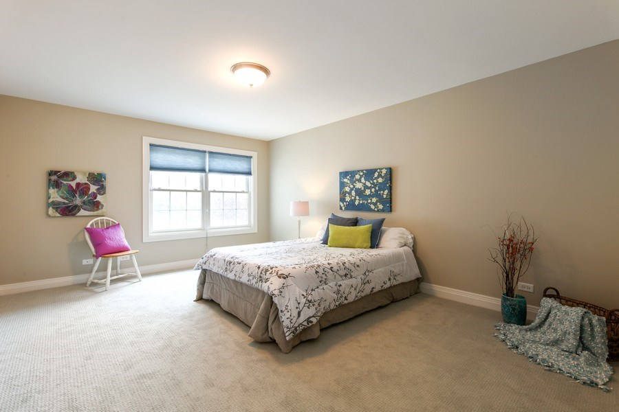 Real Estate Photography - 1471 Kittyhawk Ln, Glenview, IL, 60026 - 2nd Bedroom